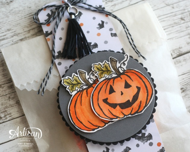 halloween-treat-bag-close-up